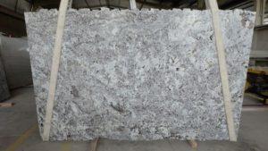 Alaska White #546 - Slabs 01-06 (002)